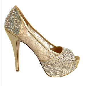 DE BLOSSOM COLLECTION Gold Platform